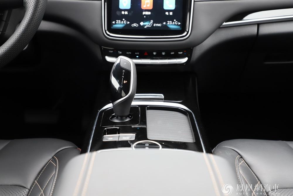 科赛GT上市售价13.28万起2.0T+8AT动力/多种座椅布局