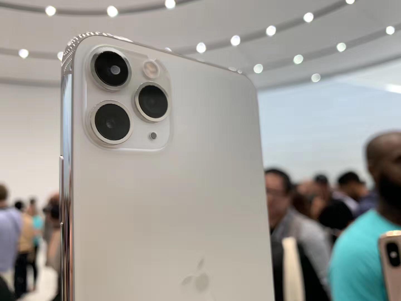 苹果发布会对比华为 新iPhone无缘5G芯