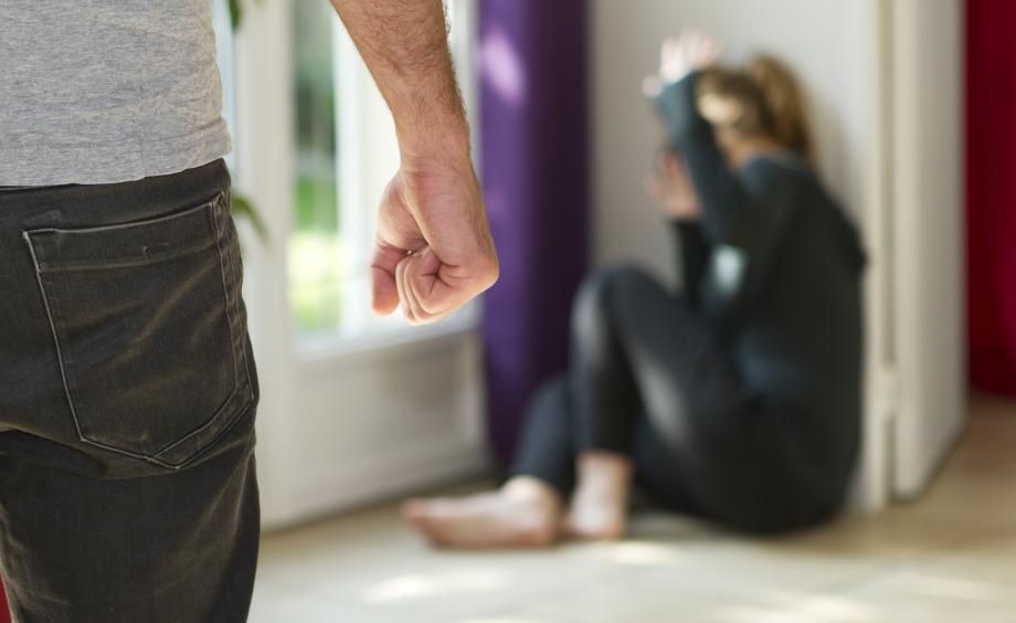 居家令期间美国洛杉矶地区家庭暴力事件上升20%