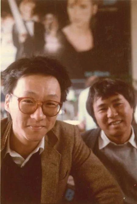 年轻时的杨德昌(左)和侯孝贤(右)
