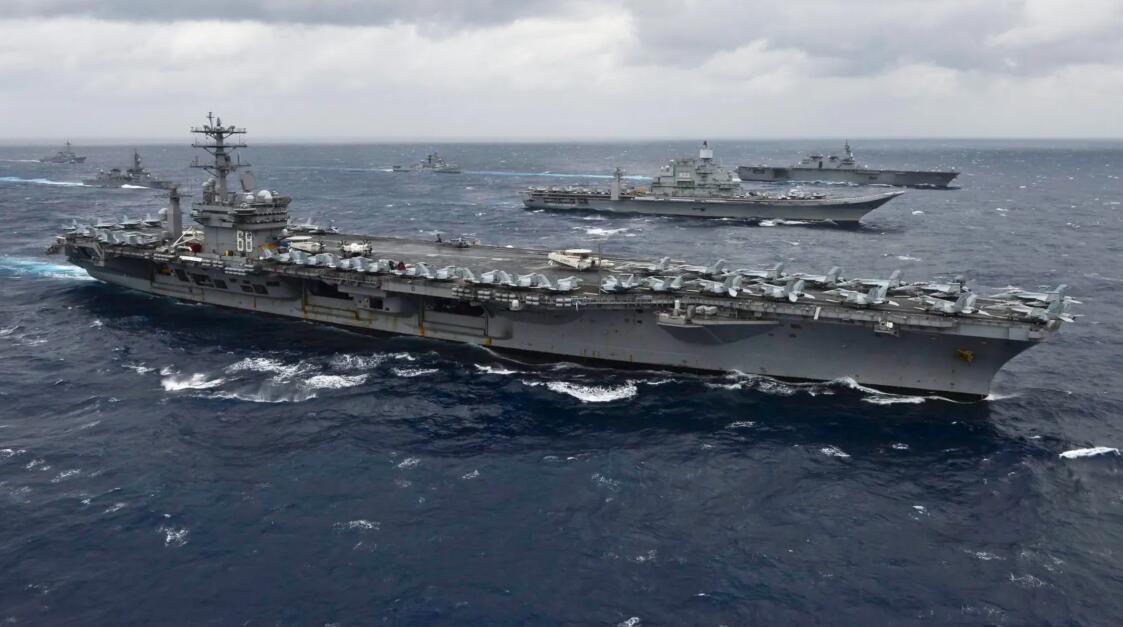 美航母与印度军演 印媒:向中国发出强烈信号