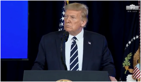 特朗普7日在美国新泽西州贝德明斯特举行的新闻发布会上发言。图源:《国会山报》