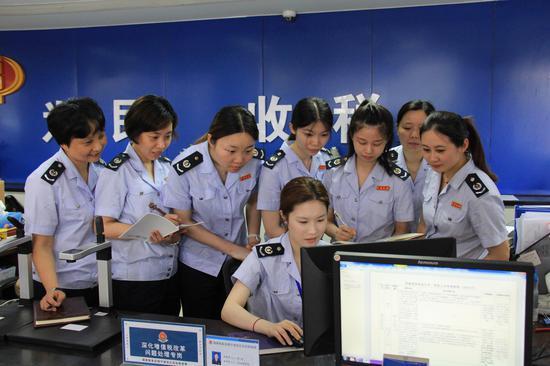 江北区税务局税务人员学习交流。左林俊 供图