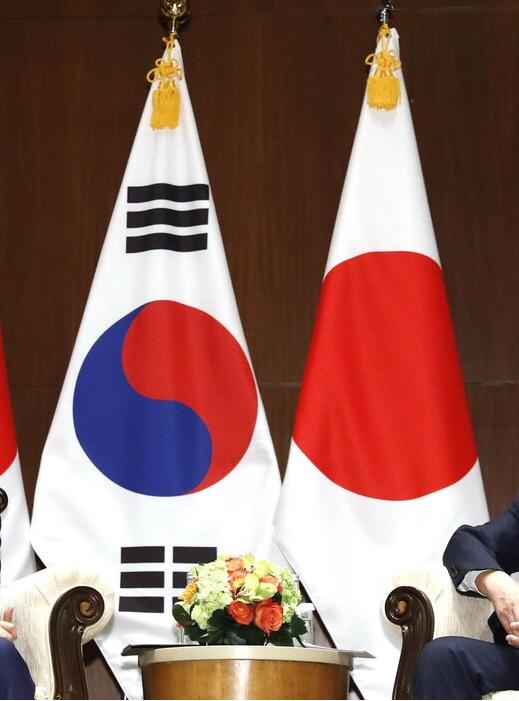 """韓國發布國防白皮書:日本從""""伙伴""""降為""""鄰國"""""""