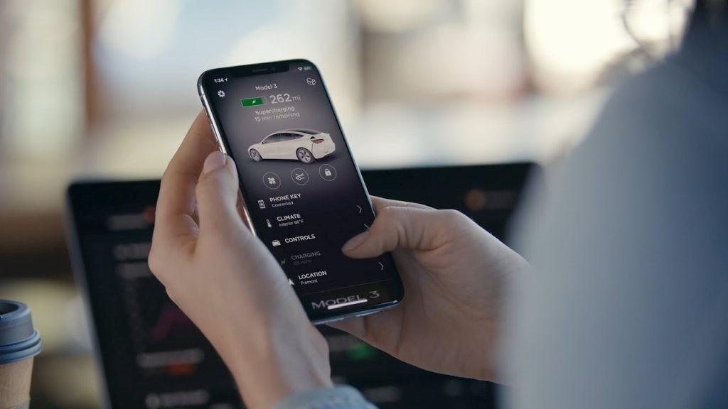特斯拉下款汽車有望支持蘋果iPhone超寬帶解鎖功能