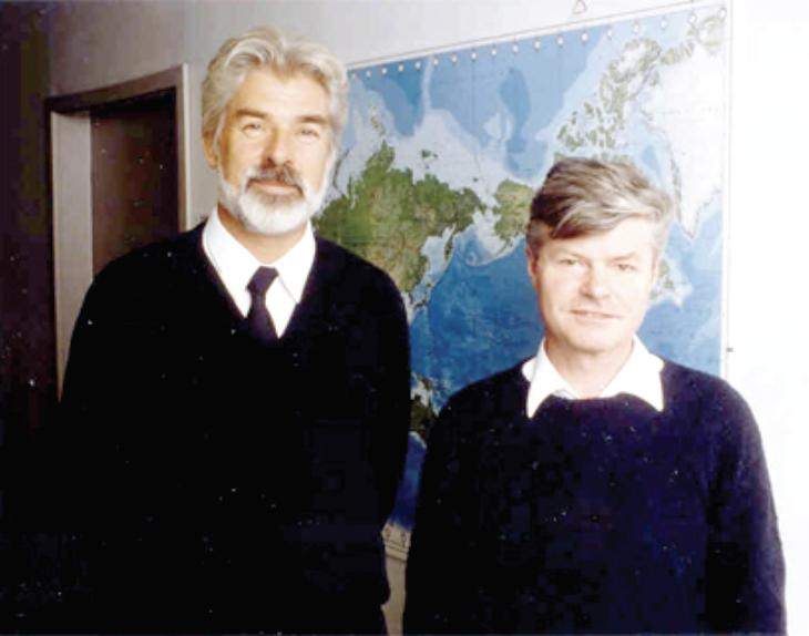 比如与他合照的马克斯·普朗克气象研究所的联合主任哈特穆特·格拉斯尔(Hartmut Grassl),据哈塞尔曼说就帮他分担了不少的媒体压力