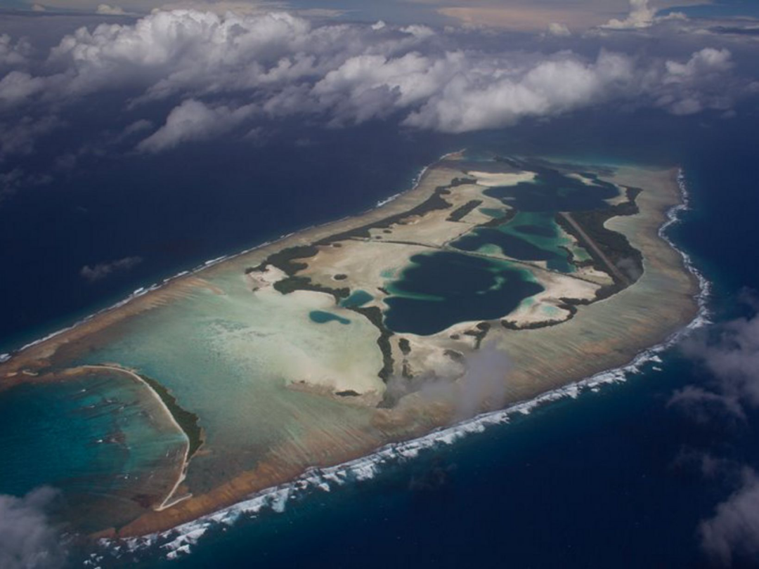 位于太平洋中间的巴尔米拉 | Alex Wegmann / nature.org