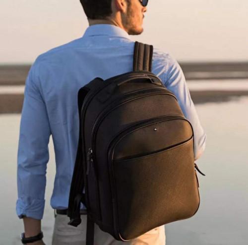 男士背包品牌推选:出游正当时与背包来场说走就走的观光