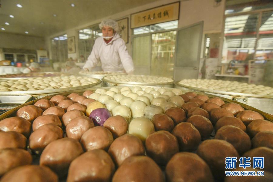 #(社会)(2)河北遵化:黏饽饽飘香迎新春