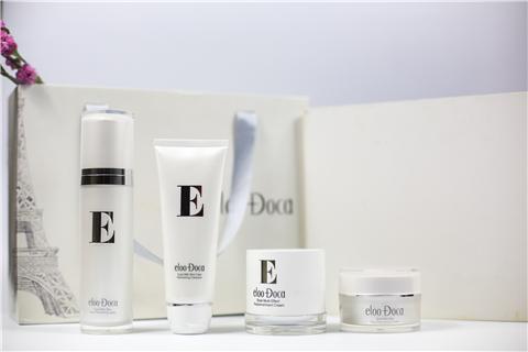 匠心研制产品艾璐卡做自然护肤品牌