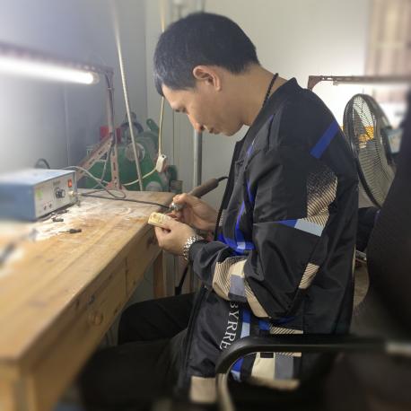 中国牙雕巨匠:猛犸象牙牙雕大师龙桀(龙杰)大师