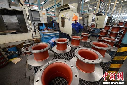 统计局:前5月全国规模以上工业企业利润下降19.3%