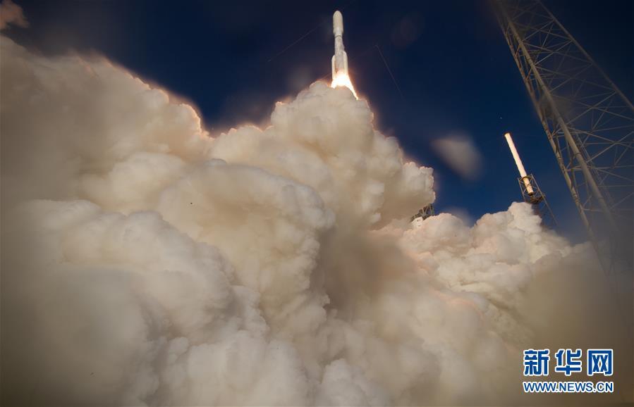"""(国际)(1)美国发射""""毅力""""号火星车将探索火星生命迹象"""