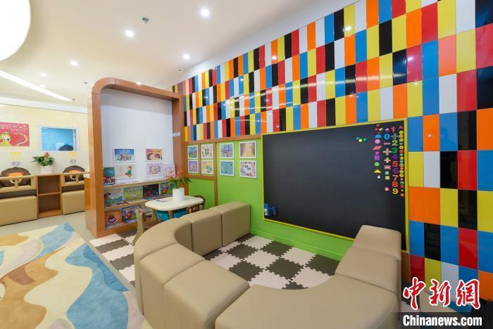 深圳建成845间公共场所母婴室妈妈带娃出门哺乳不再尴尬
