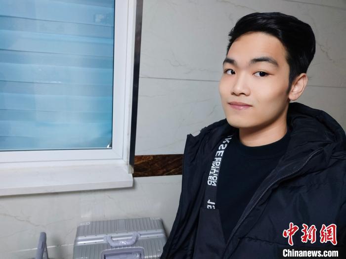 今年1月初,与其他留学生一样,范文强选择在寒假期间回越南过年。受访者供图