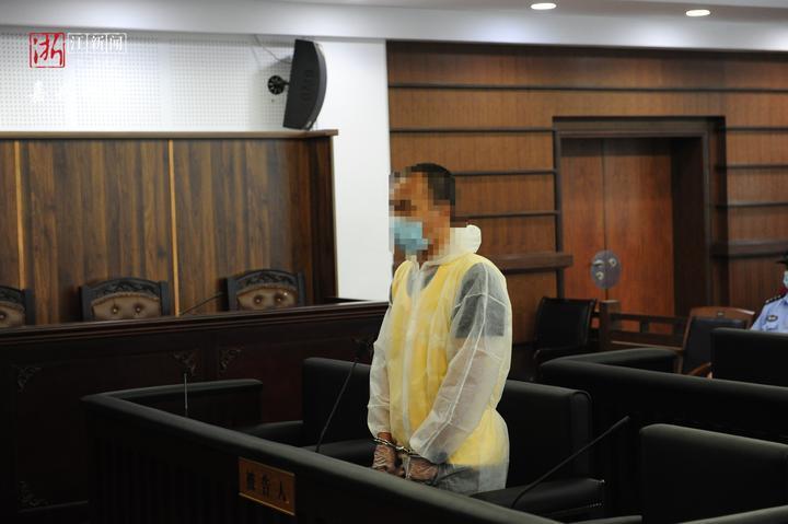 11岁女孩被同学妈妈的同居男友杀害,嘉兴开庭审理