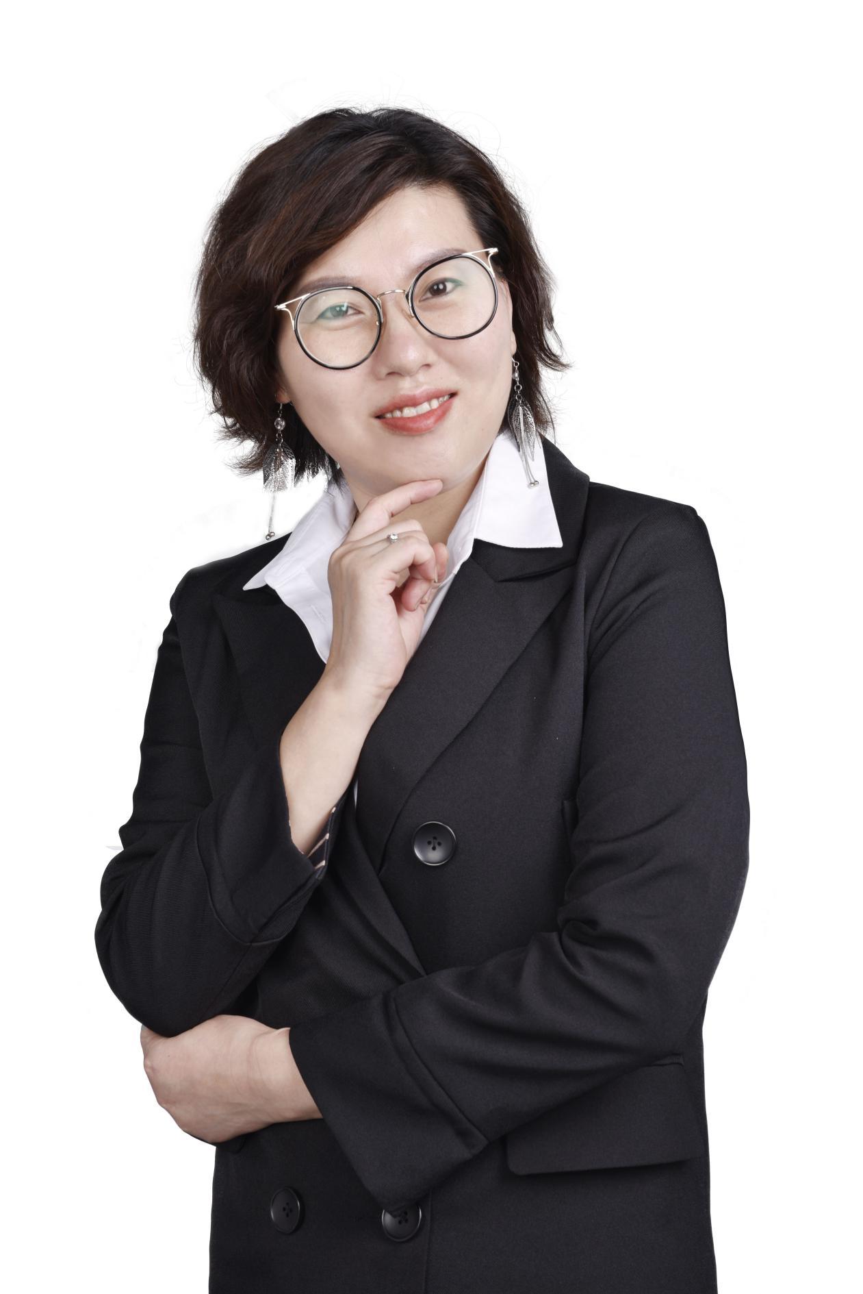 人物专访–记专访百年人寿保险公司林张美