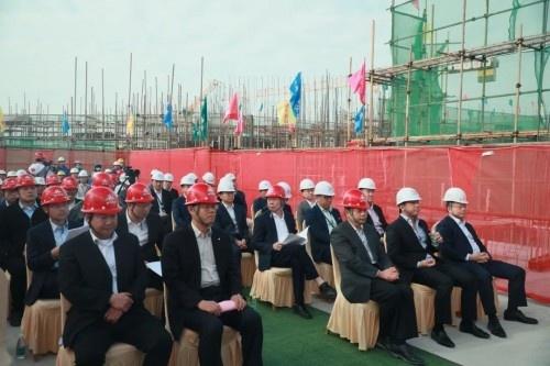新进展 | 鼎龙湾【海洋王国】组团25~28栋喜封金顶