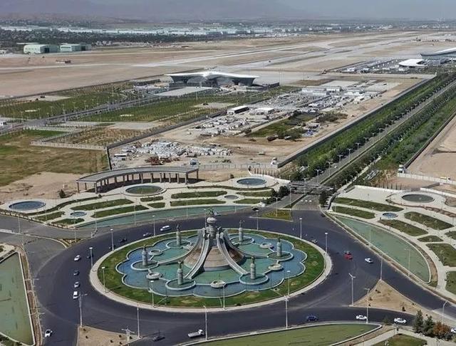 中国人气爆棚的四大机场,忙着飞往世界各地,哪里的人最忙?