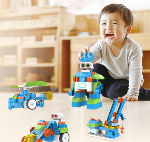 """鲸鱼机器人""""小鲸造""""来了,3岁搭积木、学编程、玩比赛"""