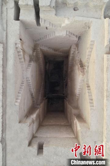 墓葬发掘。陕西省考古研究院