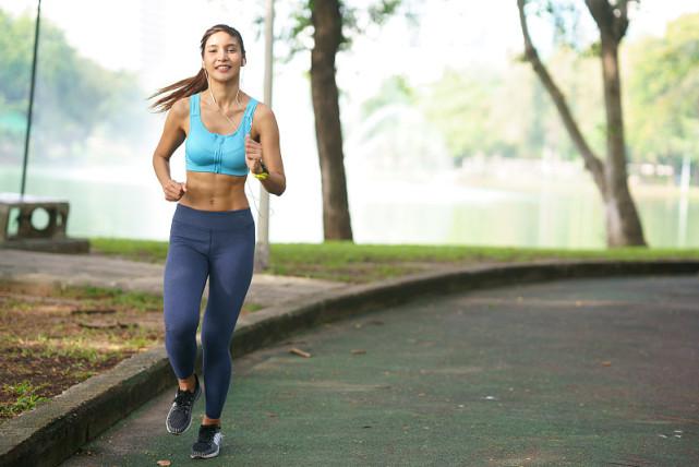减肥期间也不要盲目跑步,如果走进4个误区,减肥效率就会下降