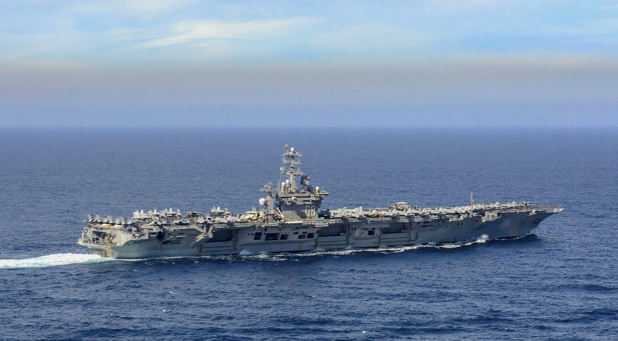 美两航母开始亚太巡航,近期或在西太集结三航母秀肌肉