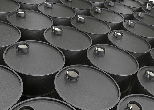 国际油价重挫近8%!美国新冠感染人数超200万 疫情致美国原油库存创新高
