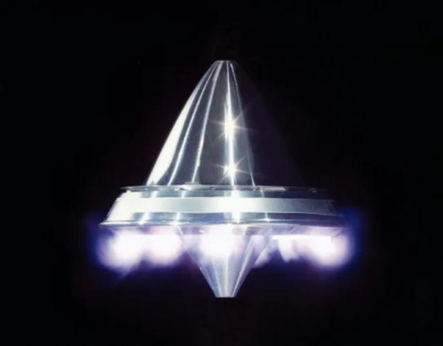"""X-37B""""太空战机""""测试黑科技 可使无人机航程无限"""