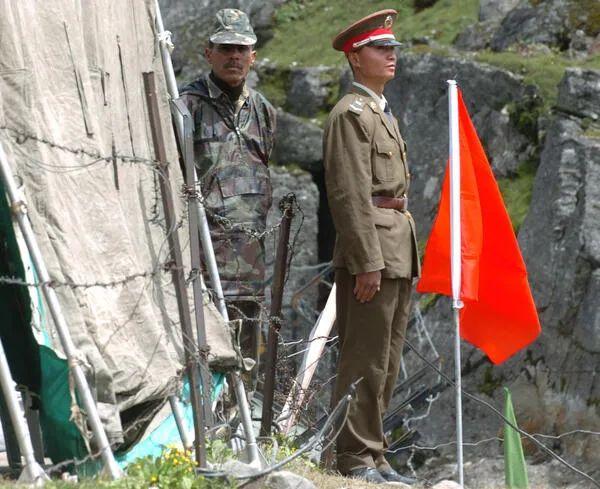 【苏州炮兵社区app培训】_郑永年:印度崛起不见得对中国不利