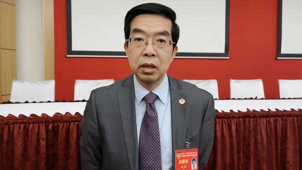 上海政协副主席黄震:关注科技成果权属