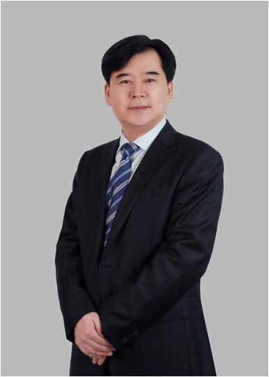 """来军荣膺""""中国寿险年度经理人金奖"""""""