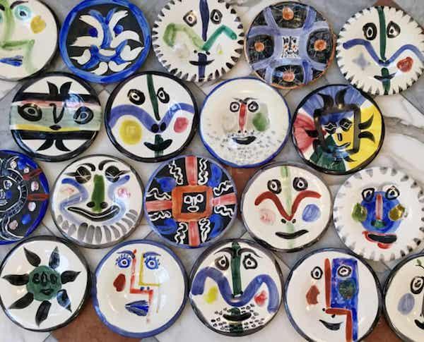 毕加索绘制的盘子,1963年