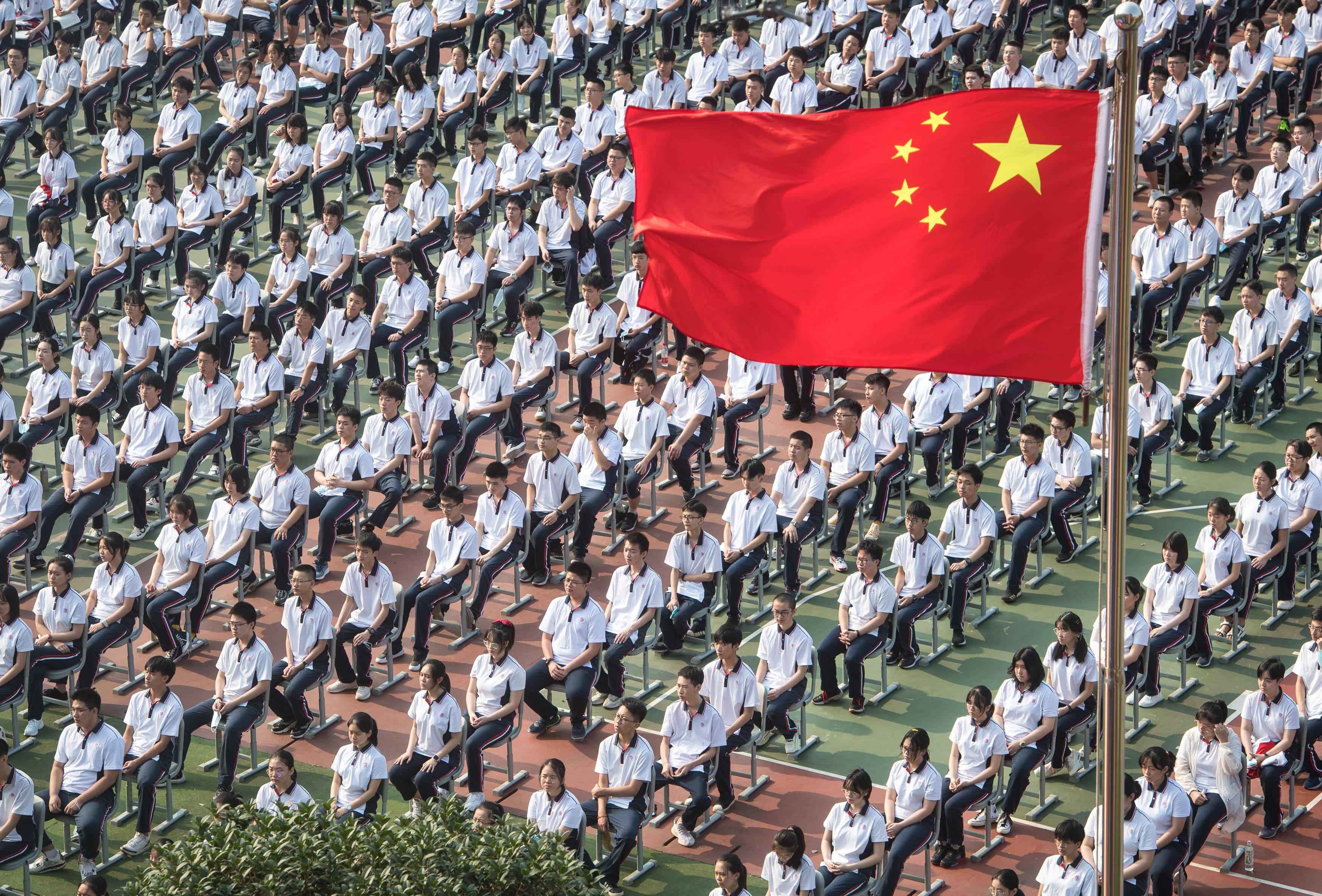 【扬州快猫网址】_华尔街日报展示武汉复课,感叹中国取得象征性胜利