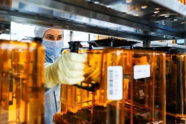 最大黑天鹅降临!美国或将禁止所有中国企业采购美国半导体芯片