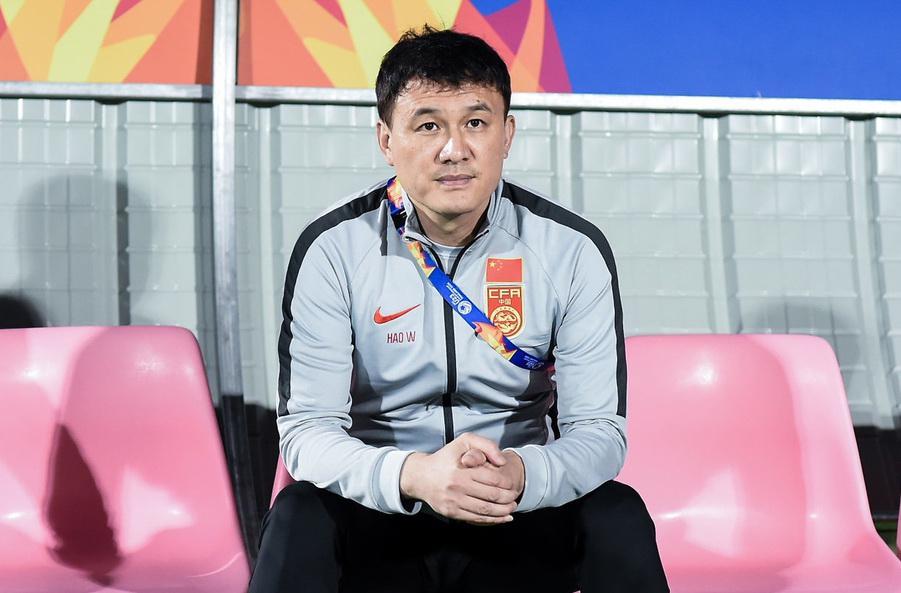 """什么办法都用了,还是出不了线,中国足球的"""""""
