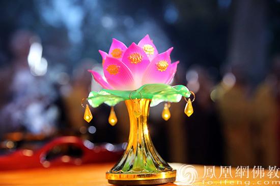 图片来源:凤凰网佛教 摄影:林恩