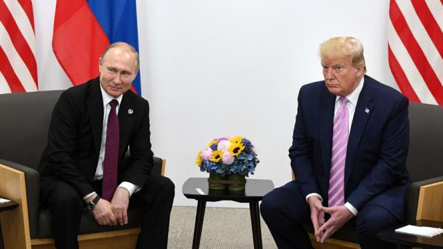 【黑帽快猫网址】_特朗普又被亲信出书爆猛料:曾称普京是沙皇 权力大到让人羡慕