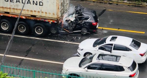 事故现场图 图片来源:网络