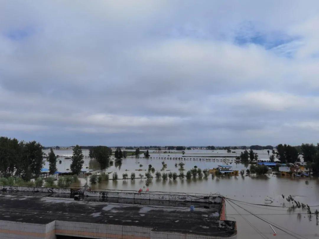 """【百度恶意点击软件】_""""我不喜欢被称作灾民,靠水吃水,洪水也是需要面对的部分"""""""
