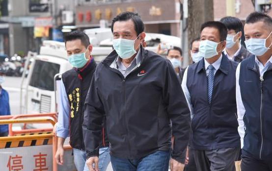 马英九拒出席蔡英文就职典礼:她执政台湾正在退步