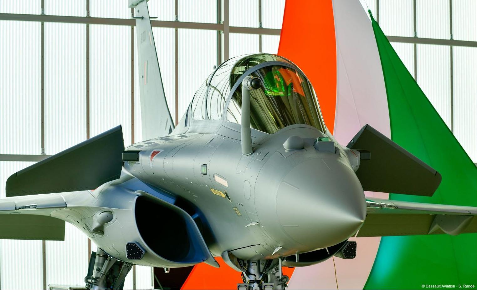 印度将本月底接收6架阵风战机 配射程超150公里空空导弹