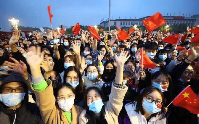 【赛雷猴】_胡锡进:中国人在享受长假时,世界很多地方却在一个个轰动事件中动荡