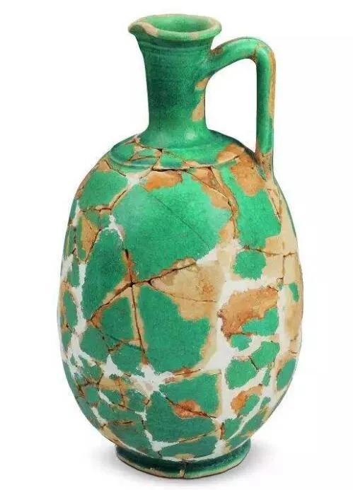 上图_ 合浦汉代文化博物馆收藏的 波斯陶壶