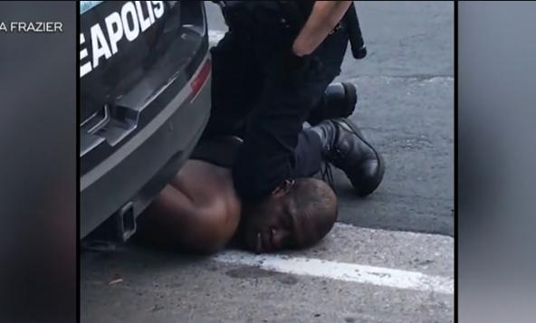 美国黑人弗洛伊德之死引发巨大风波 视频截图