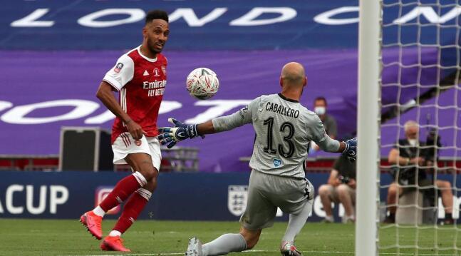 足总杯:奥巴梅扬双响+制胜,阿森纳2-1逆战切尔西夺冠