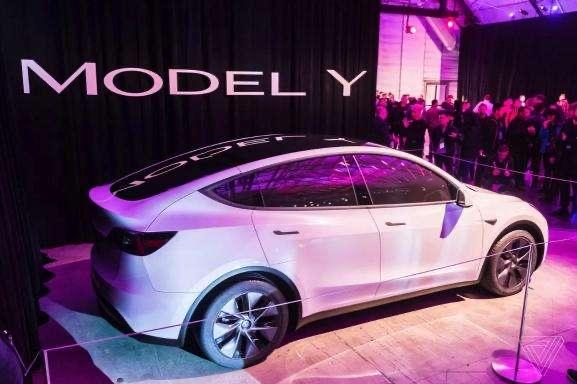 7座Model_Y将国产,或28万起售?