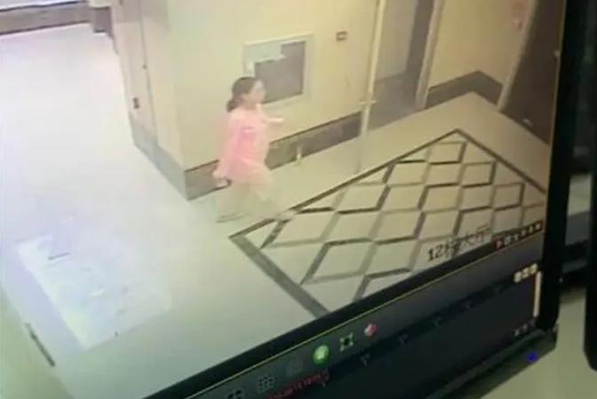 【温州久久热在线】_武汉汉阳一女子凌晨从家中出走,警方正调查寻找