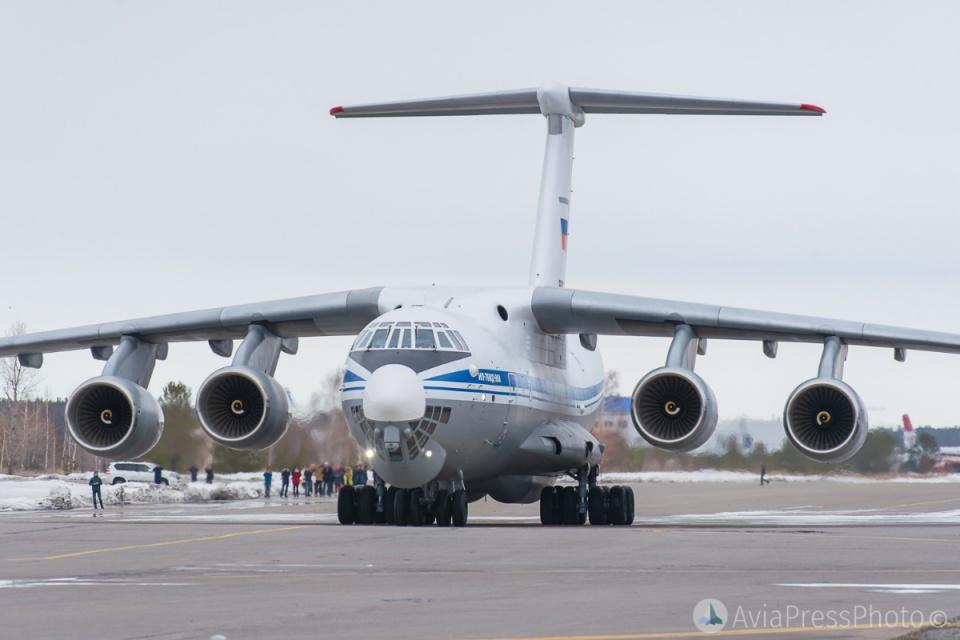 运20首次飞抵莫斯科 俄军迷却并不羡慕提出一大短板