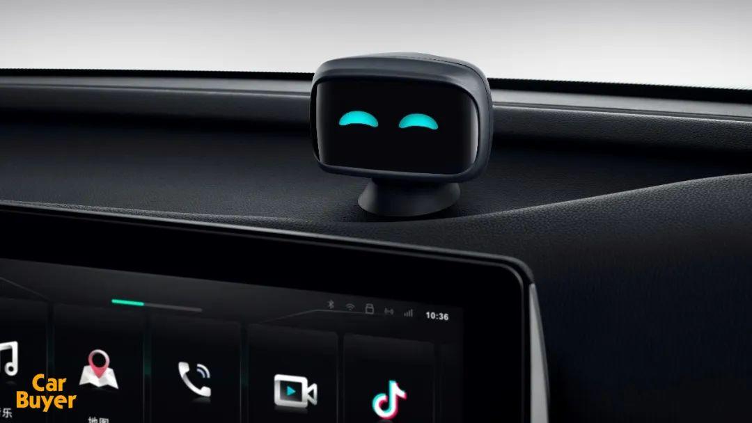 试驾科技纯电SUV哪吒U,除了L2+级自动驾驶,还有什么亮点?
